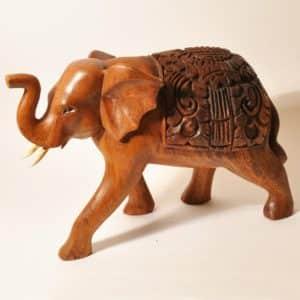 статуэтка слона деревянная