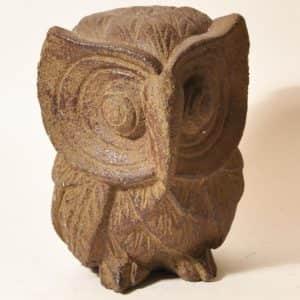 каменная статуэтка совы