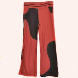 Чёрно-красные брюки