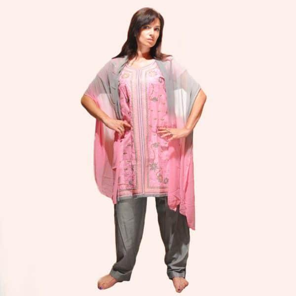 Нежно-розовый шальвар камиз