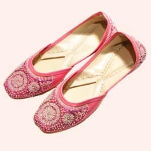 Женские розовые джутти