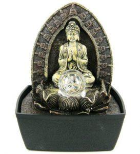 фонтан Будда с хрустальным шаром