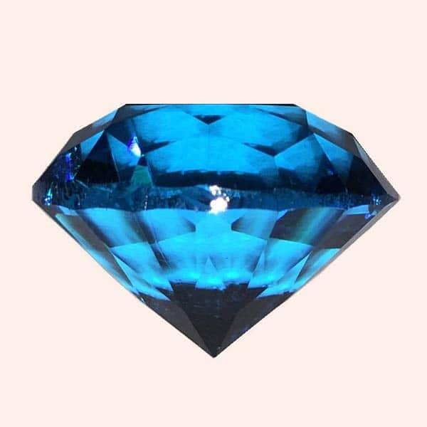 Бриллиант 2 см голубой