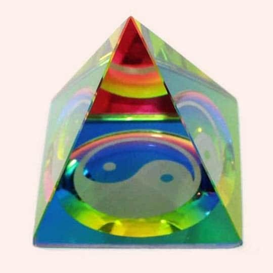 Пирамида с Инь-Янь 4.5 см