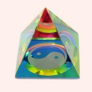 Пирамида с Инь-Янь 5.5 см
