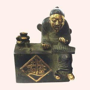 Хранитель денег Чен Лобань из бронзы