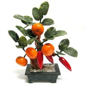 Дерево счастья с мандаринами и перцами