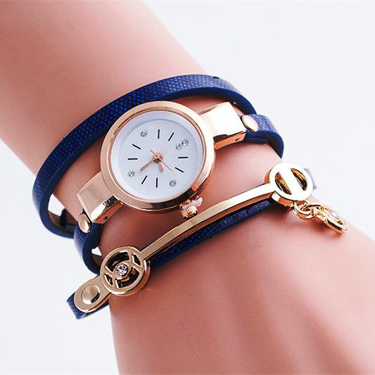 Часы с браслетом из кожи и металла