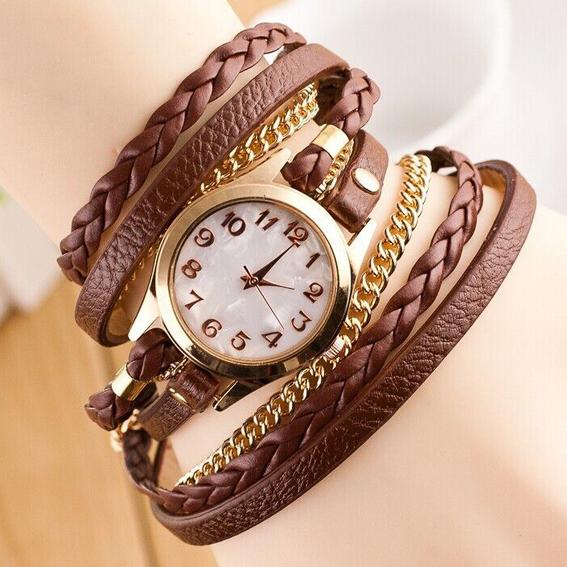 Часы с коричневым браслетом