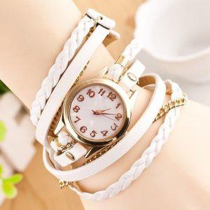 Часы с плетёным браслетом