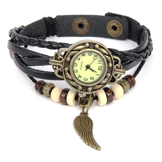 Часы с черным плетеным ремешком