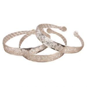 Металлический браслет под серебро