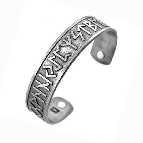 Магнитный браслет со Скандинавскими рунами
