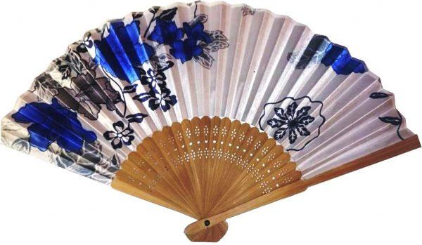 Веер бамбуковый с синими цветами