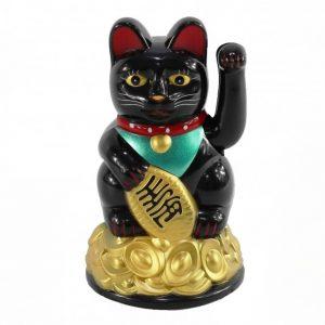 Черный кот удачи Манеки Неко